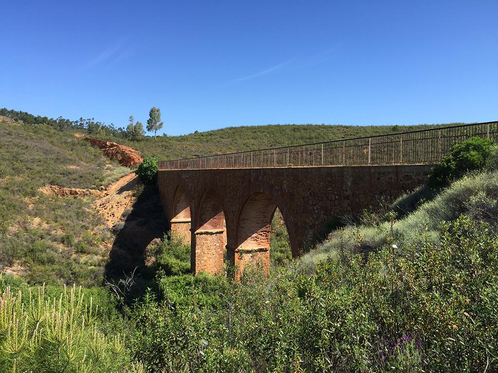 Puente romano del Charco del Lobo
